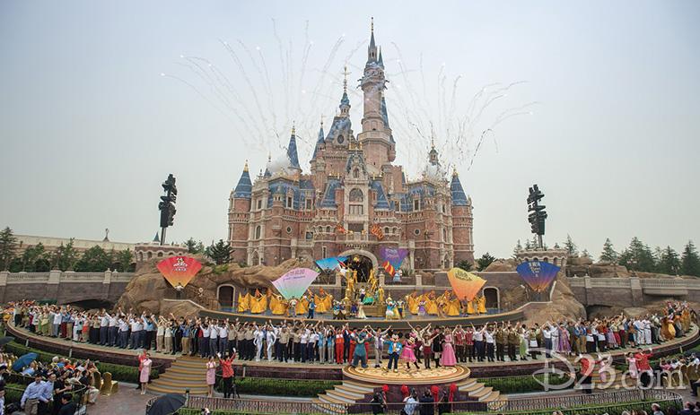 grand finale Shanghai Disneyland