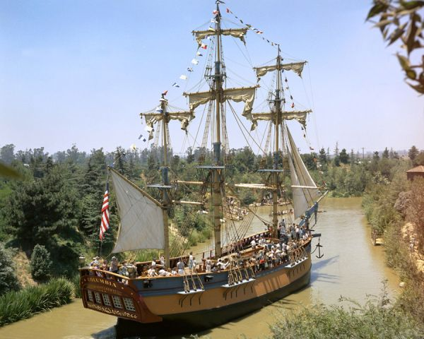 Pirate Ship Disneyland
