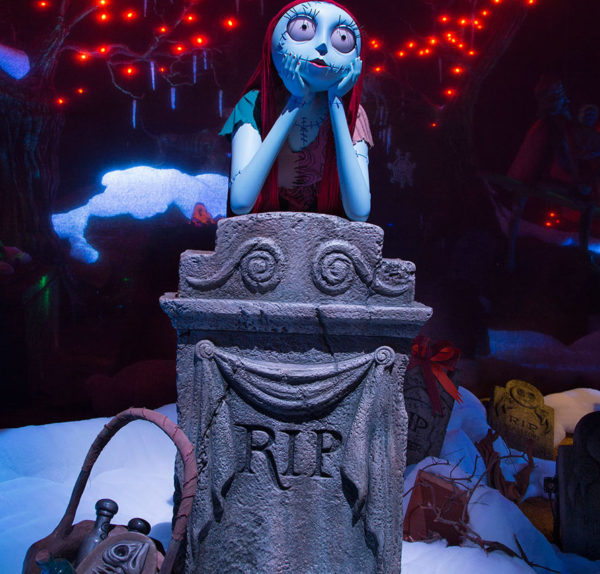 sally-figure-haunted-mansion