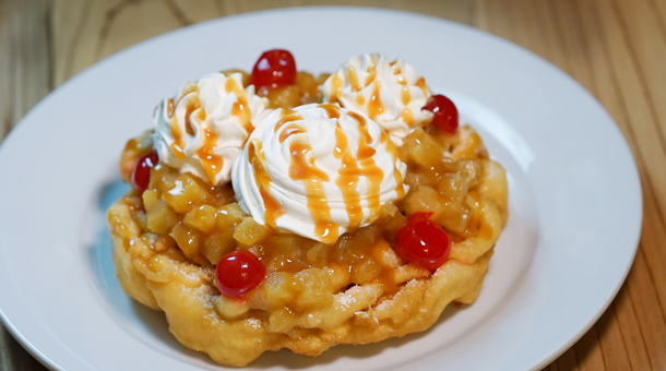 pineapple-funnel-cake